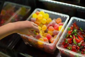 Polacy nadużywają cukru i tyją: czy będzie podatek cukrowy?