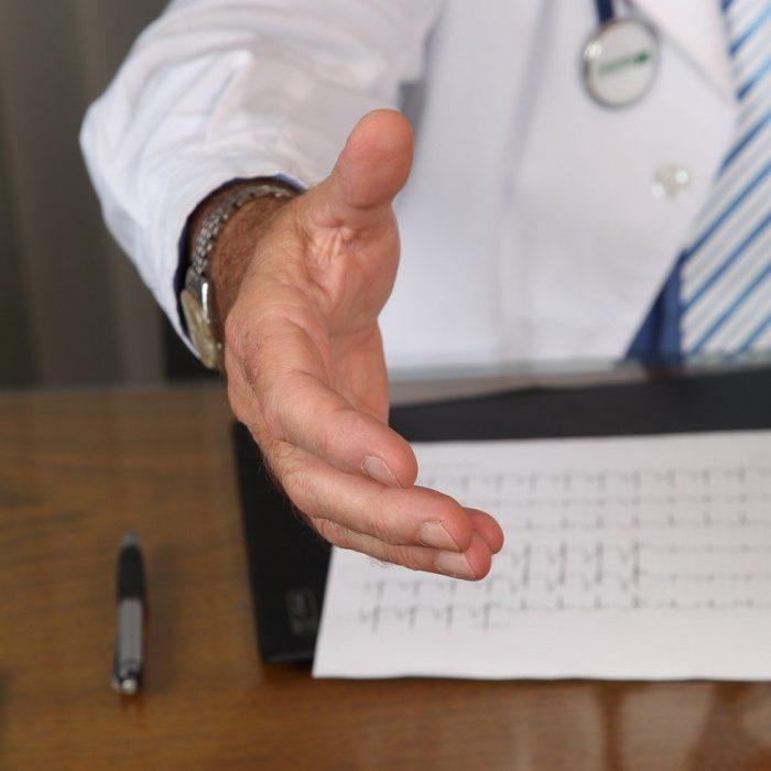 Specjaliści: dla pacjenta najważniejsza jest pierwsza wizyta u onkologa