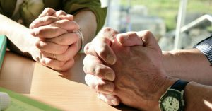 Read more about the article Duchowość w chorobie nowotworowej – cenna pomoc
