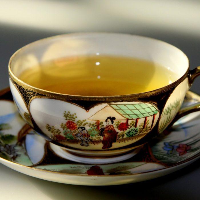 Polfenon E z zielonej herbaty leczy zmiany przedrakowe jamy ustnej i gardła