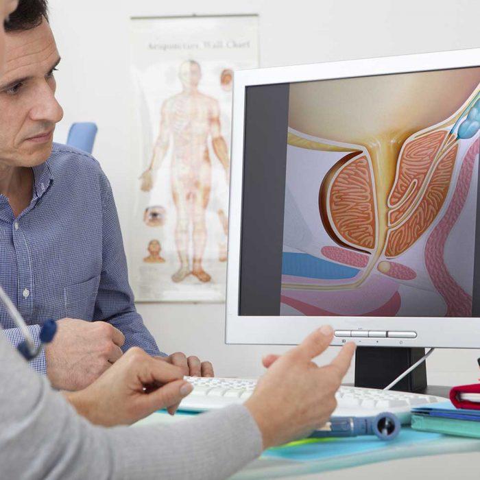 Badanie PSA w kierunku raka prostaty warto wykonywać już od 40. roku życia